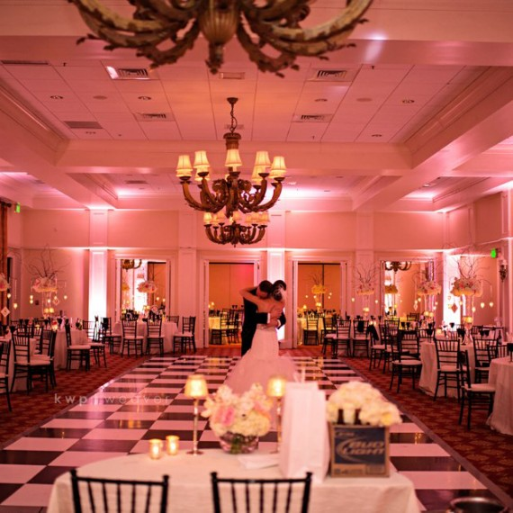 Soundwave Entertainment - Orlando Wedding DJs and LED Lighting Design - Orlando Wedding Venues