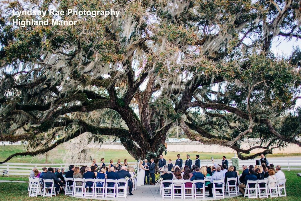 orlando wedding - outdoor orlando wedding - orlando wedding ceremony outdoors - soundwave entertainment - orlando wedding dj - orlando wedding venue