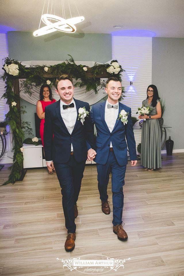 gay wedding - orlando gay wedding - orlando wedding dj - orlando dj - soundwave entertainment - soundwave dj - orlando dj company
