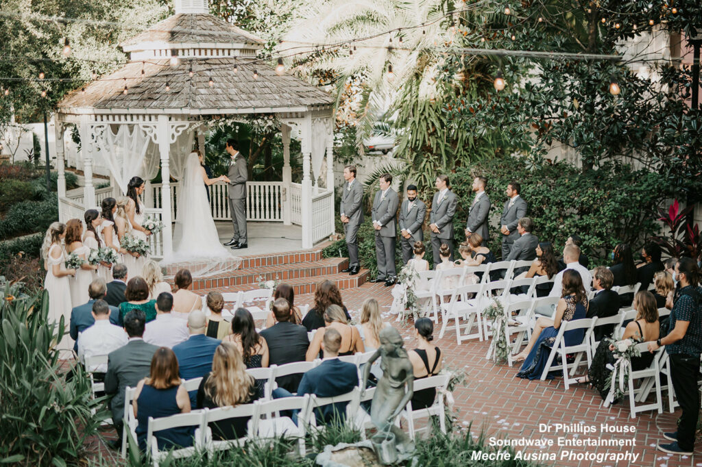 orlando garden wedding - dr phillips house - orlando wedding venue - soundwave dj - orlando wedding dj